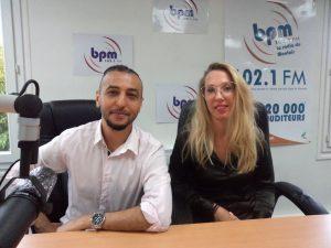le président Mohamed El Kalchi, et Ludivine Boidin, intervenante dans la communication de l'école de danse Vamos Dançar. Le but de la structure est la pratique de la danse dans le Mantois.