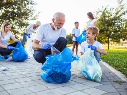 Mantes-la-Jolie : Ramassage des déchets